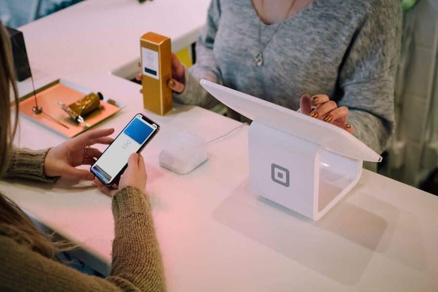 Depending on the country you live in, you can now use Square as a POS system for Wix.