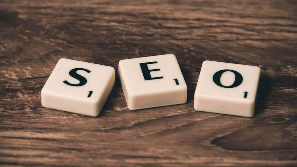 Free SEO tools (scrabble tiles spelling the word 'SEO').
