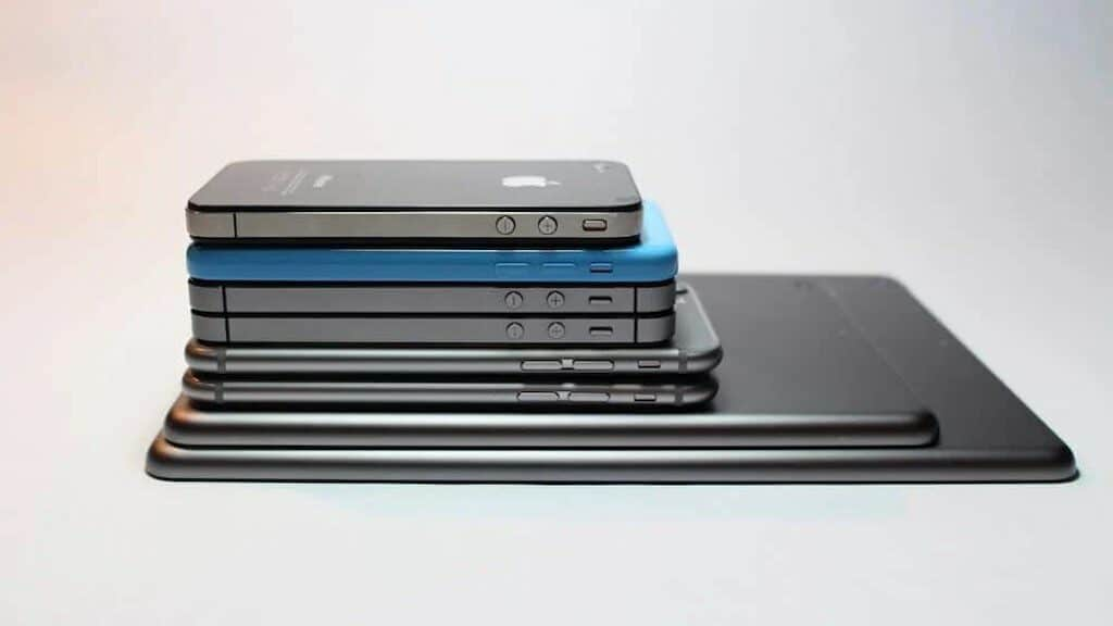 Digital declutter - image of a pile of different digital devices