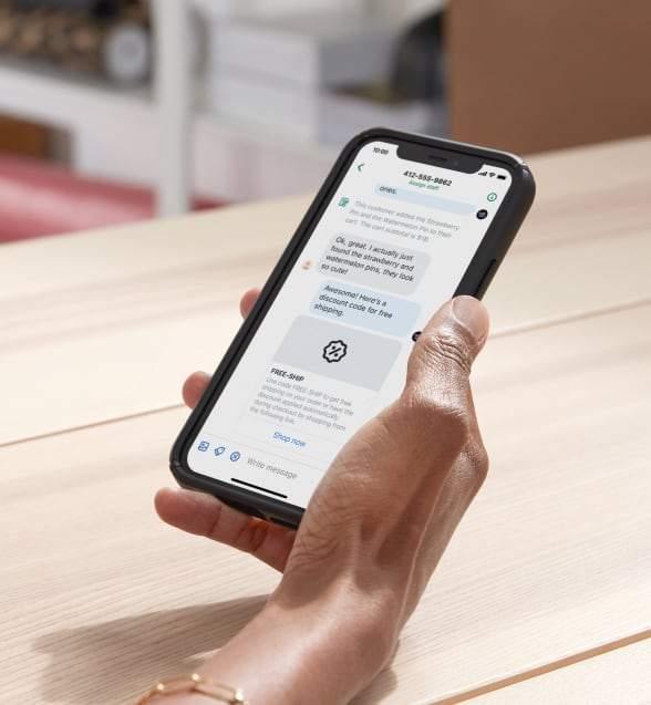 The 'Shopify Inbox' app
